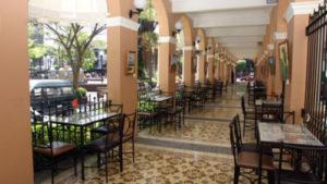 Gran Hotel Costa Rica restaurant and archways.