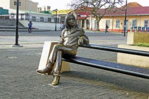 A bronze statue of John Lennon in Costa Rica.