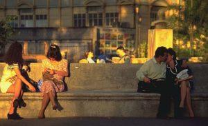 Couple kissing at Morazan Park.