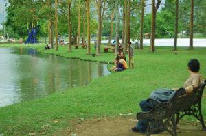 Park bench at La Sabana Lake.
