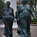 Women Walking bronze statue in Costa Rica by Francisco Zuniga